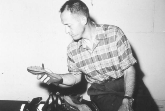 Ο παρασημοφορημένος ταγματάρχης του Β' Παγκοσμίου Πολέμου που υπήρξε συνιδρυτής της «Nike»