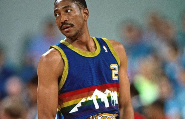 Ο Άλεξ Ίνγκλις στο Sport-Retro.gr. Η πρωτοβουλία του 1985 για την Αιθιοπία, η αντίθεση με τον Τραμπ και η κόντρα Ντομινίκ-Τζόρνταν