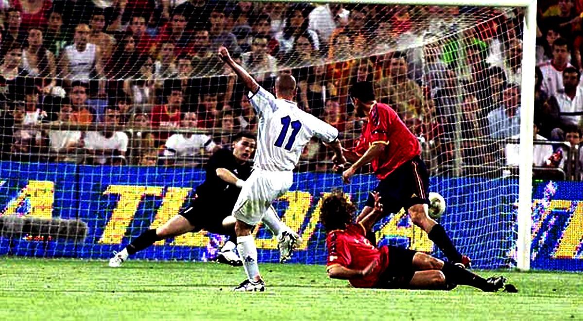 """Δουλεύαμε μία εβδομάδα για το γκολ!"""" Ο Στέλιος Γιαννακόπουλος στο Sport-Retro.gr για την αξέχαστη νίκη επί της Ισπανίας - Sport-Retro.gr"""